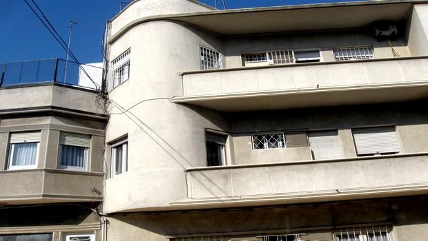 Complesso immobiliare da demolire e ricostruire i relativi bonus