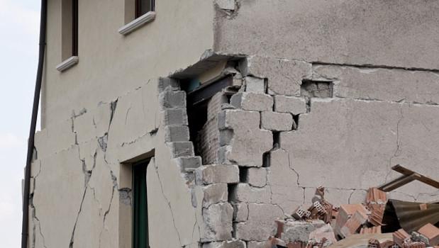 Sisma bonus per acquirenti sì se l'asseverazione è presentata tardivamente per nuova zona sismica