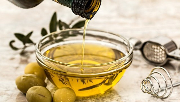Vendita di olio d'oliva per produzione di cosmetici si applica l'Iva al 4 %
